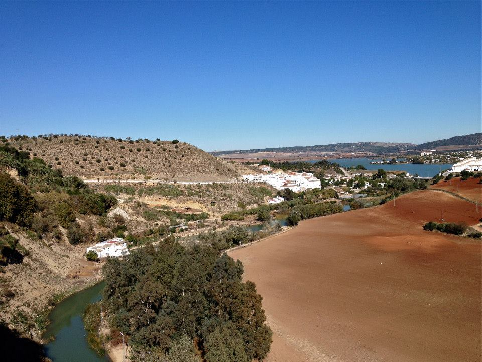 The Rio Guadalete winding its way around Arcos de la Frontera